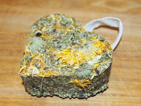 Bezobilné srdíčko s květy měsíčku 90 g