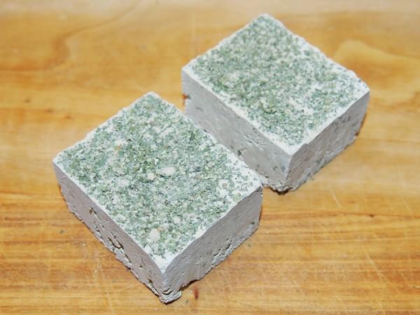 Minerální kámen s pampeliškou 200 g / 2 ks