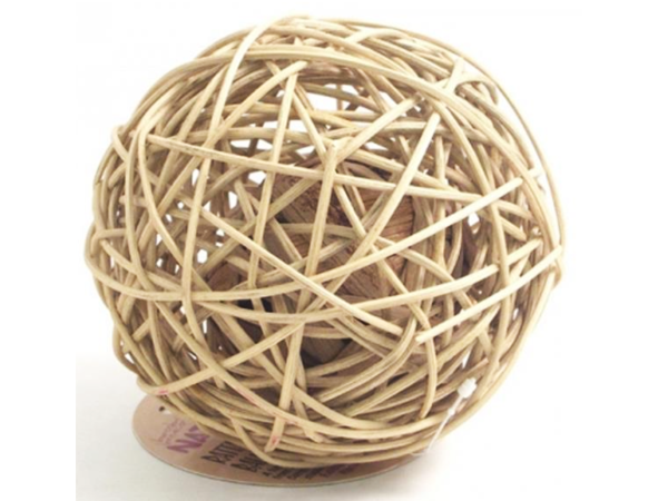 Ratanová koule uvnitř s kuličkou 15 cm