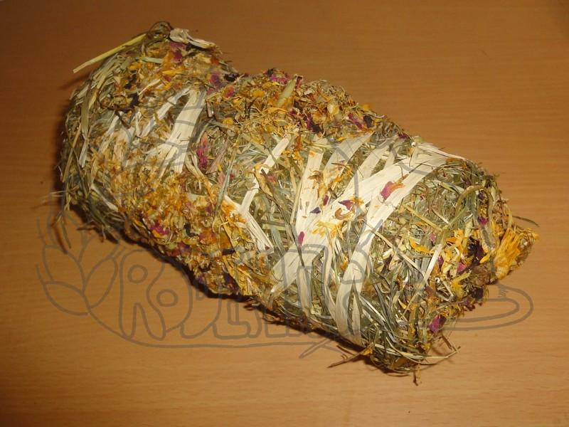 Váleček ze sena s květy 200 g