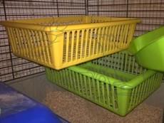 Plastový košík do klece - veliký