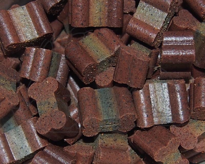 Kostičky: drůbež, jehněčí, borůvky, arónie - 50 g