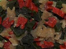 Rýžové pamlsky TRIXIE se zeleninou a řasou 140 g