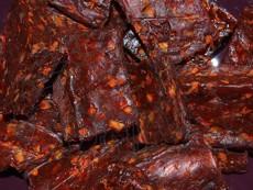 WOOLF: Sušené kuřecí kostky s mrkví 100 g